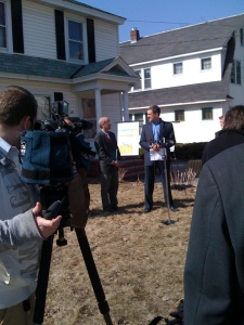 Rep. Peter Welch (D-Vt.) and Mike Rogers unveil REEP program